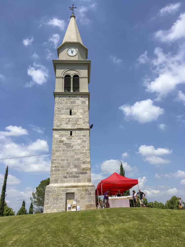 Panoramica del campanile di Pozzalis